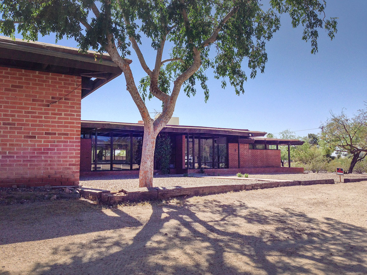 Whitacre House By Fred Guirey Faia Modern Phoenix The - Guirey-residence-arizona-architecture-classic