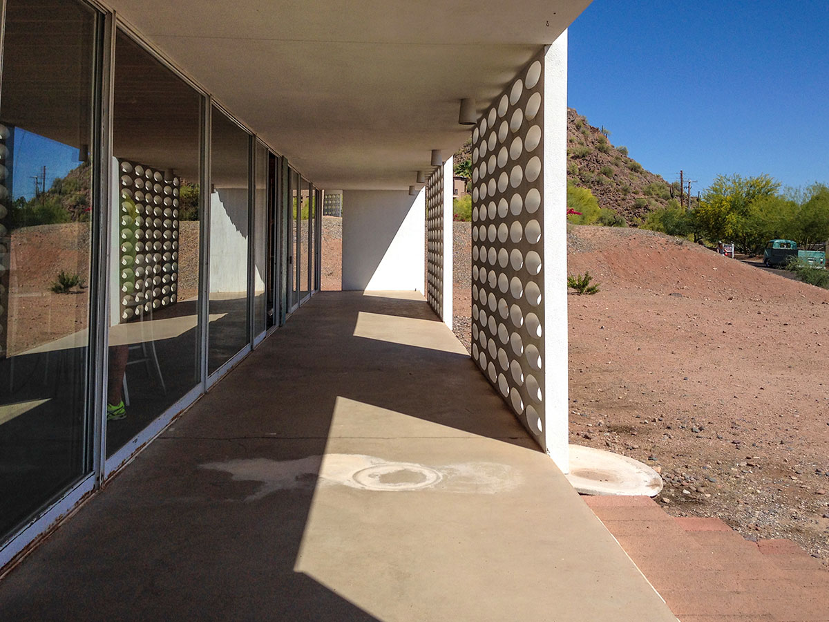 The White Gates Residence by Al Beadle in Phoenix Arizona