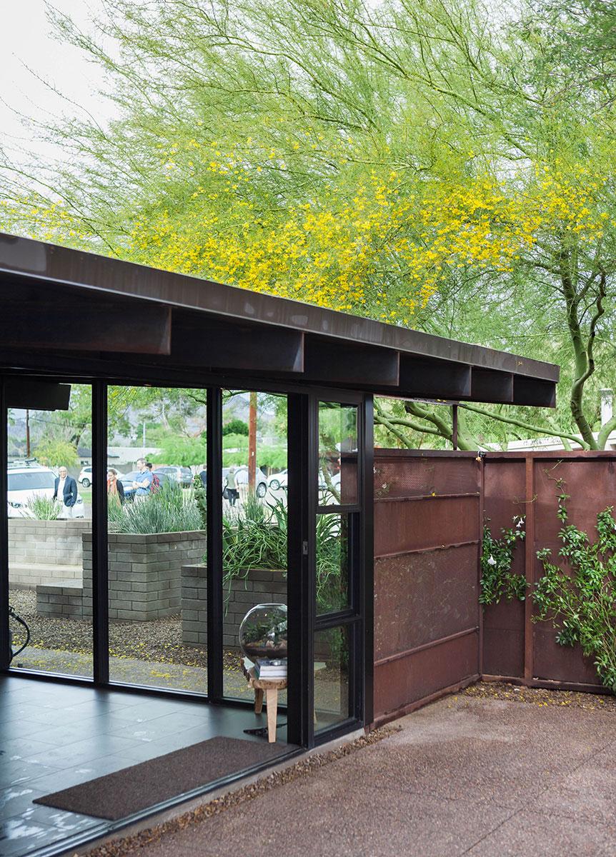 casa mason lopez in marlen grove modern phoenix week 2016 uptown world. Black Bedroom Furniture Sets. Home Design Ideas